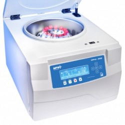 MPW 352 típusú nagyméretű laboratóriumi centrifuga