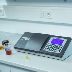 Lovibond PFXi-995 típusú színmérő fűtéssel kémiai vegyületek, olajok, zsírok méréséhez, élelmiszeripari használatra